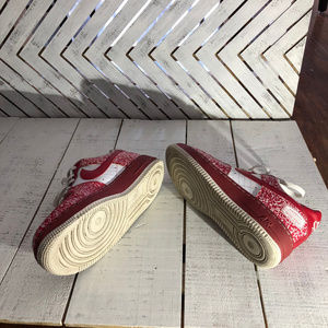 Cool Nike Air Red Notebook Print Sneakers Size 6Y